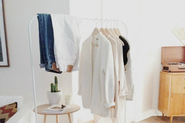 A Guide To Decluttering Your Closet