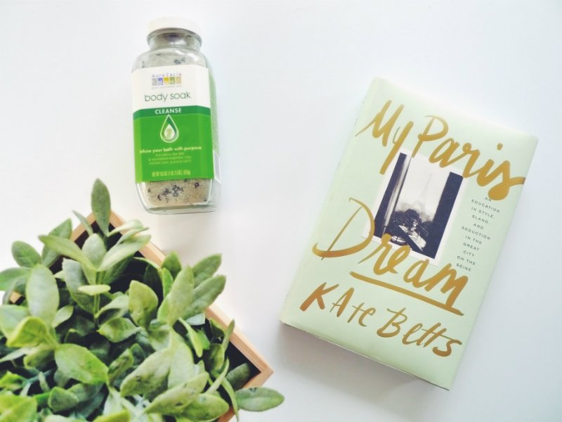 5 Blissful Books To Read In The Bath - My Paris Dream by Kate Betts
