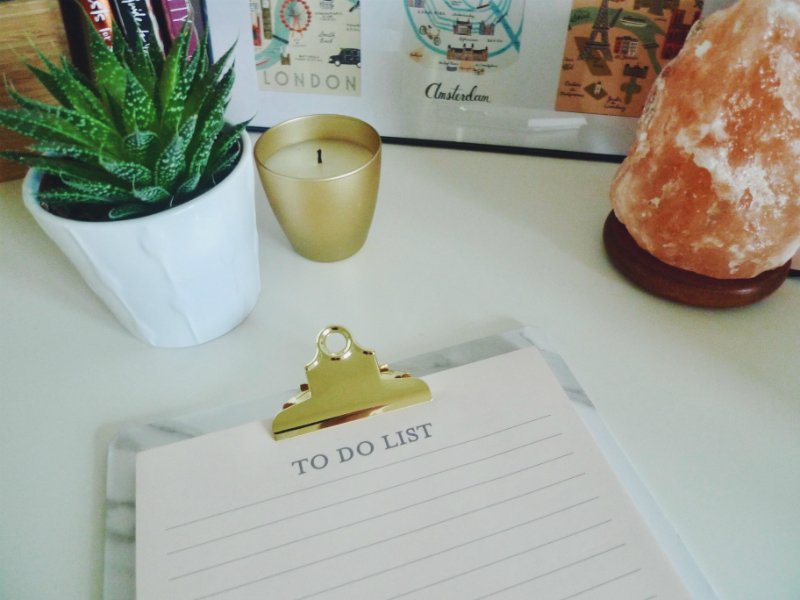 Whether you're a flexibility lover or a planner fanatic, there comes a time when we need to strike a balance between the two. Here are three tips to help you stay flexible while moving towards your goals!