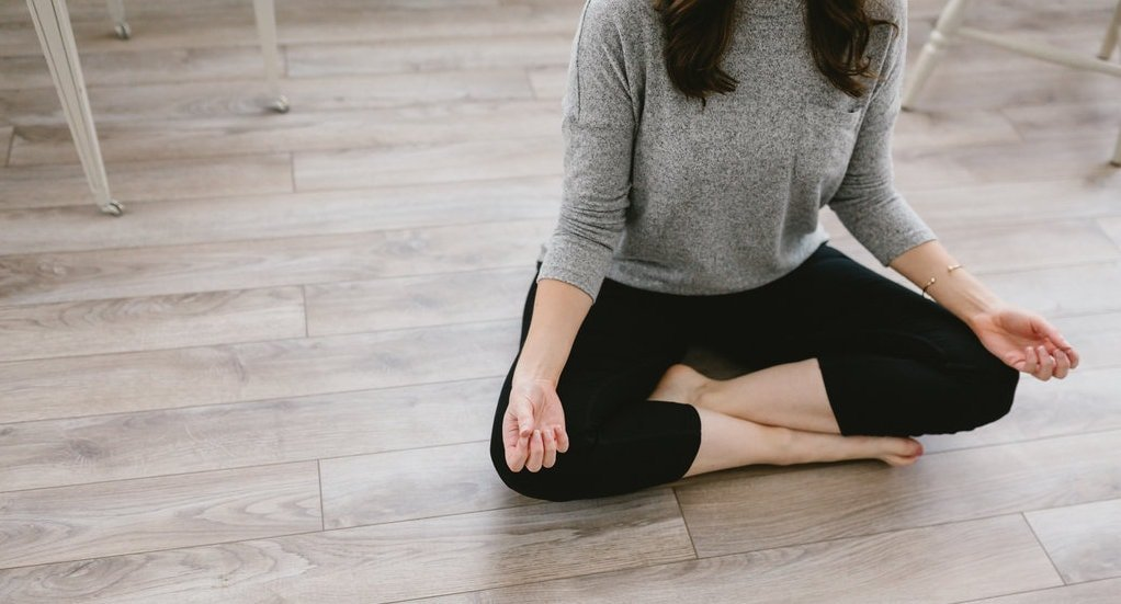 Take The Blissful Mind 7-Day Mindfulness Challenge to break down old thought patterns, tap into the present moment, and find your inner calm