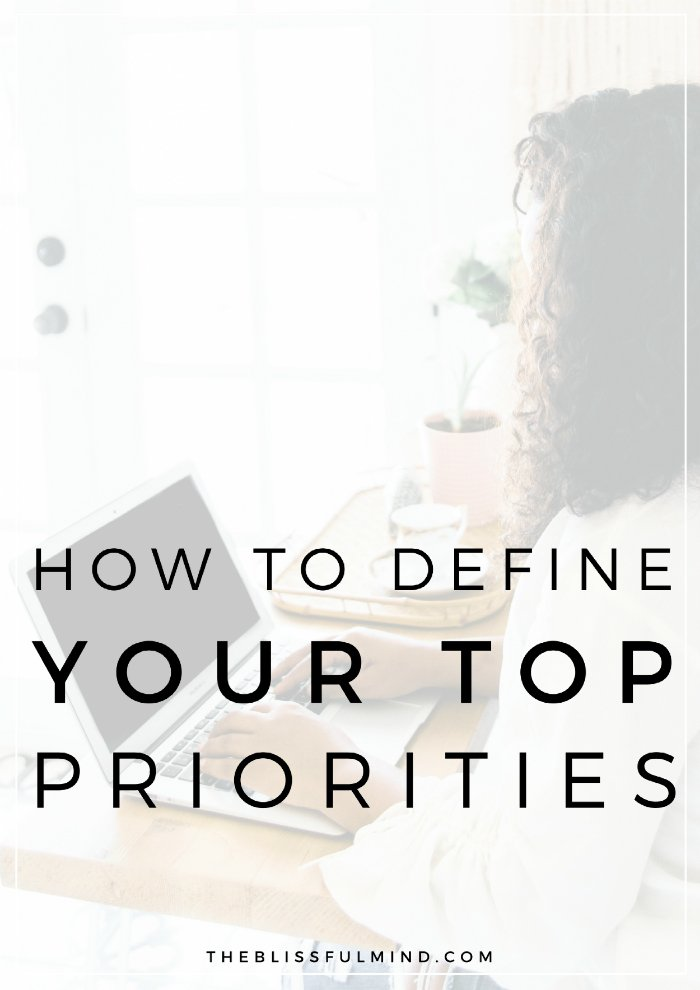 The key to managing your time effectively and avoiding burnout is knowing your top priorities in life. Here's how to define your top 3 priorities with a quick and simple exercise! Plus, get the free life priorities worksheet!